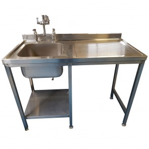 Stainless Steel Sink with Pre-rinse Spray and Draining Board