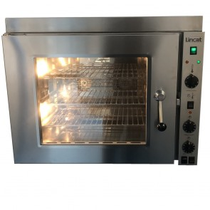 Used Lincat 67.7 counter top convection oven with Stacking Kit